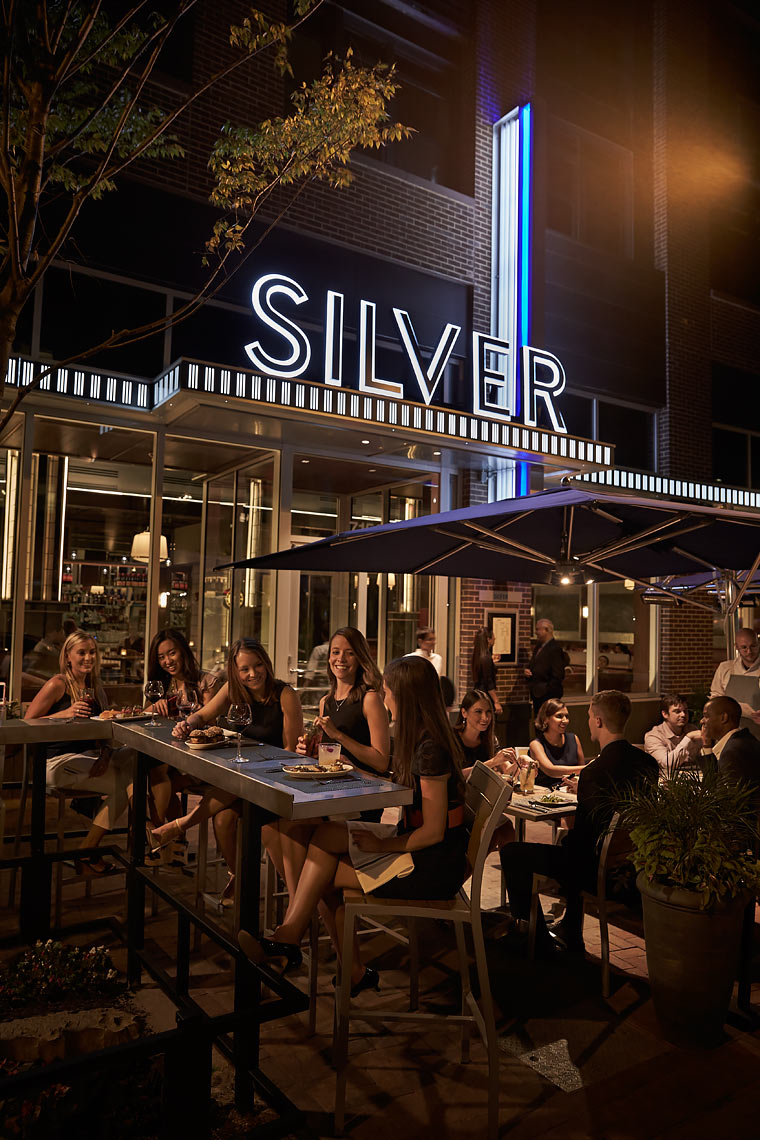 Silver-Diner-Lifestyle-3
