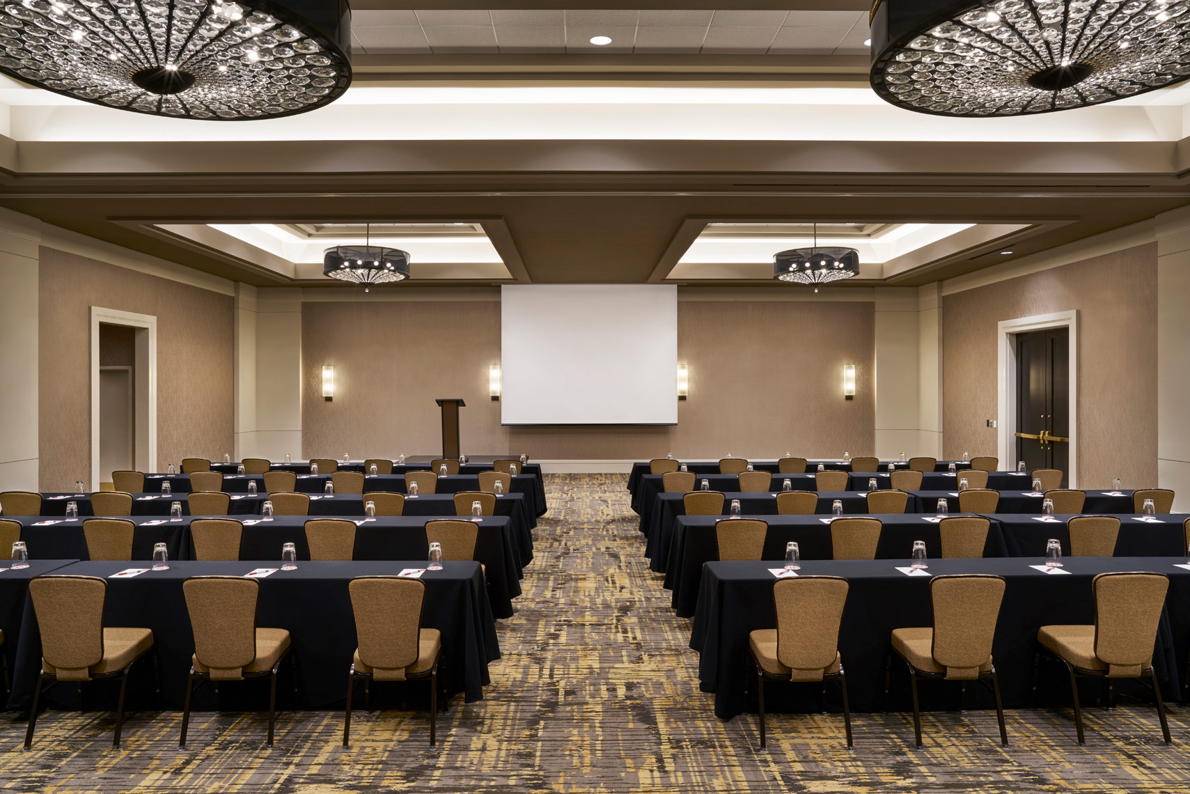 StateView-Hotel-Meeting-5