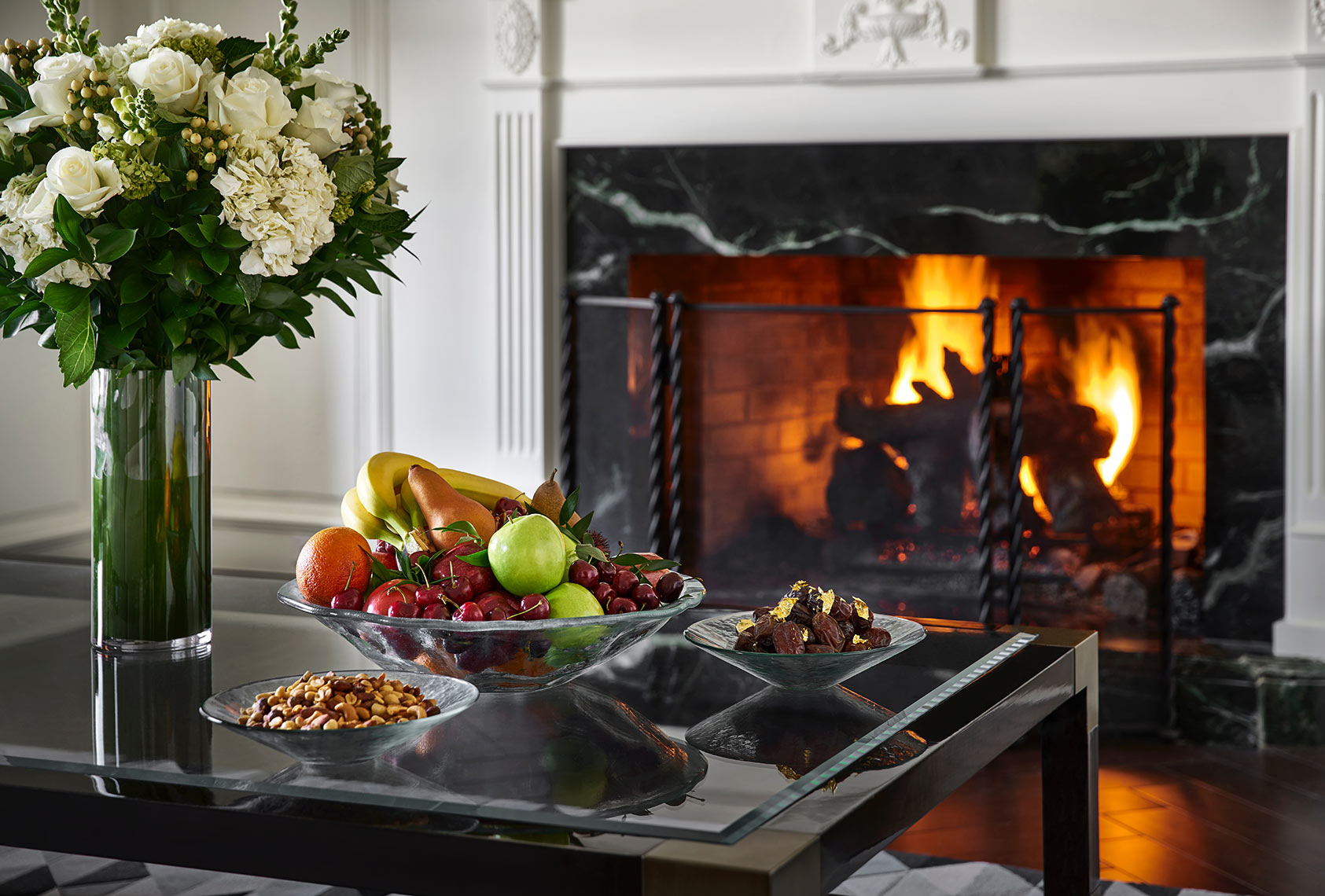 The-Ritz-Carlton-Tysons-Fire-Place-Flowers